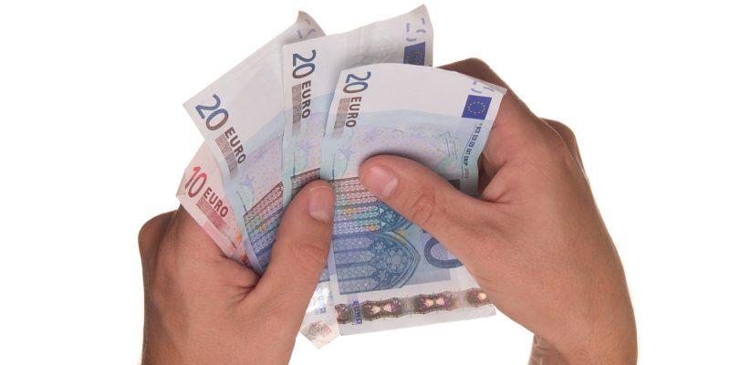 euro money hands