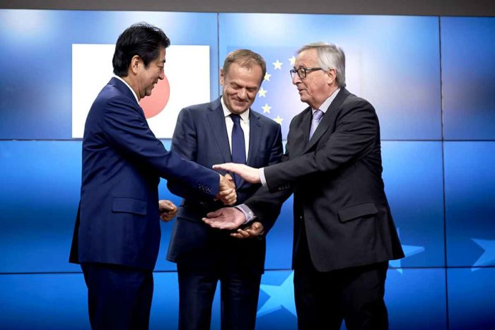 Mr Shinzo ABE Japanese Prime Minister Mr Donald TUSK President of the European Council Mr Jean-Claude JUNCKER President of the European Commission
