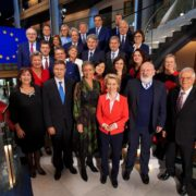 Group photo of the Commission of Ursula von der Leyen #vdLcommission