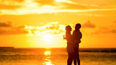 Summer-Sea Beach couple Summer-LOVE Tourism Vacation