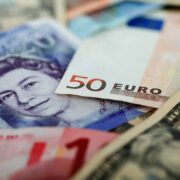 currencies GBP-pound Euro Dollar