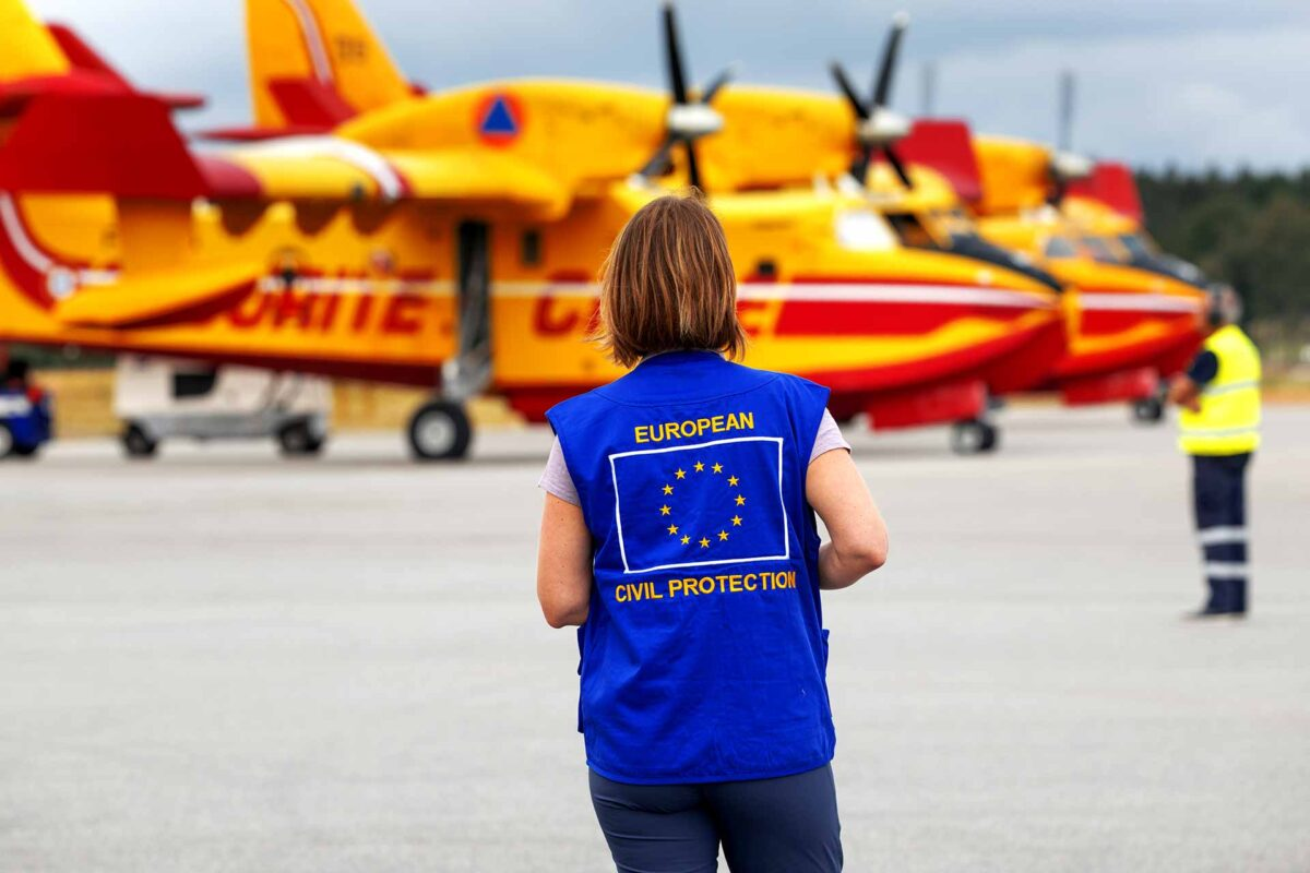 Water-bombing planes from Italy and France - EU Civil Protection