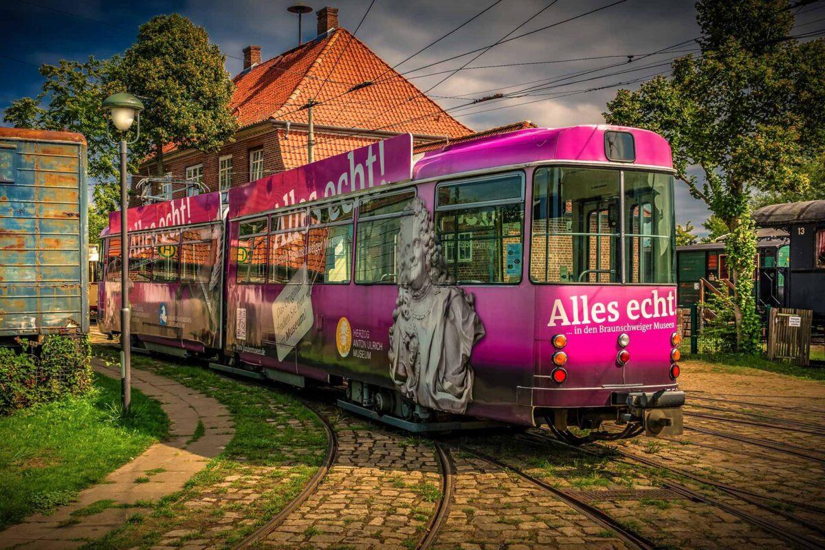 tram Straßenbahn Berlin Germany