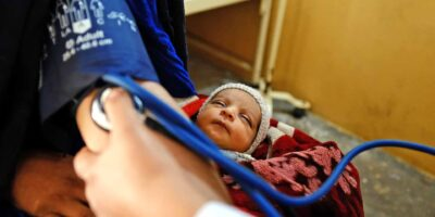 EU-supported health centre Afghan refugee camps - people of Afghanistan
