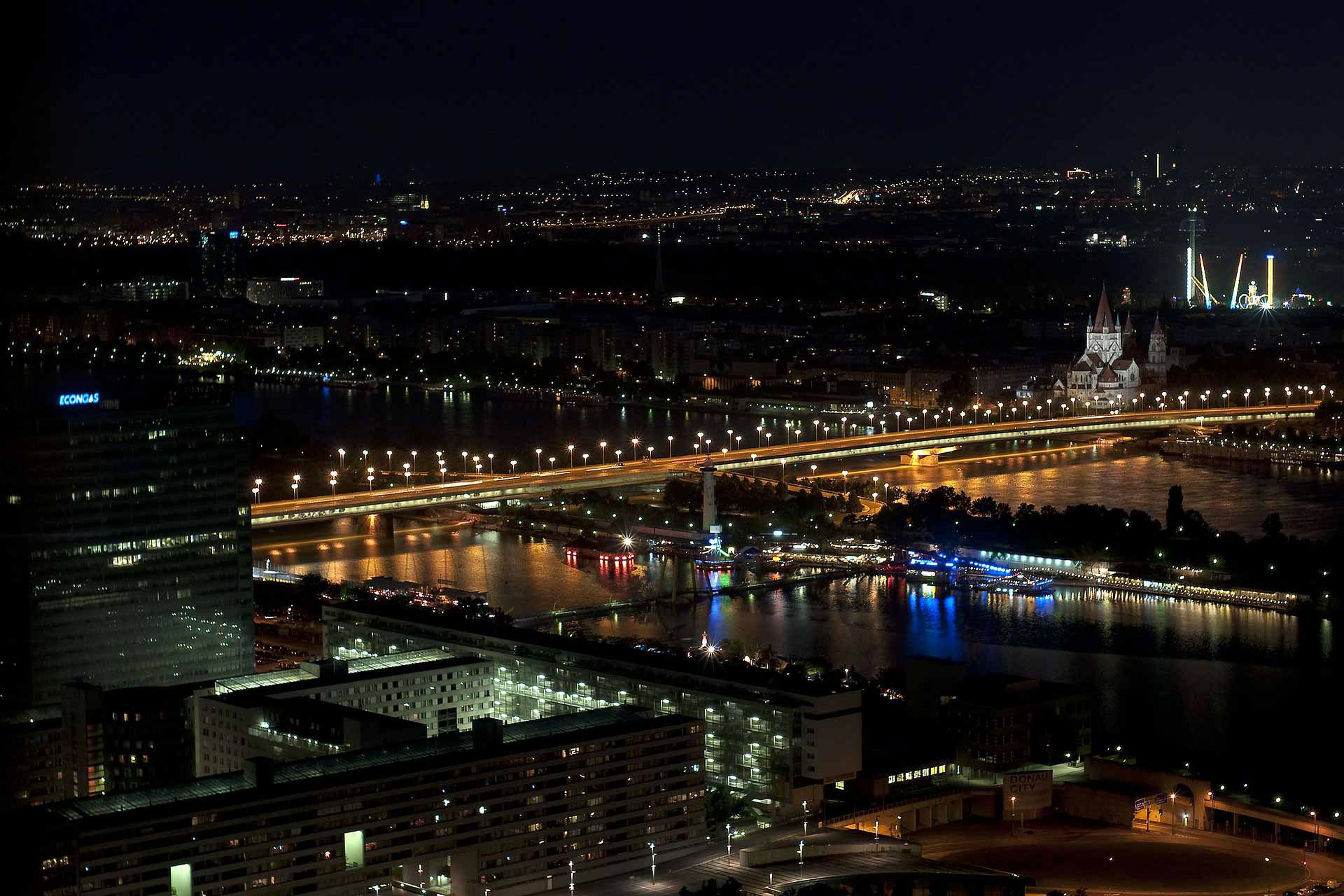 Empire bridge Vienna