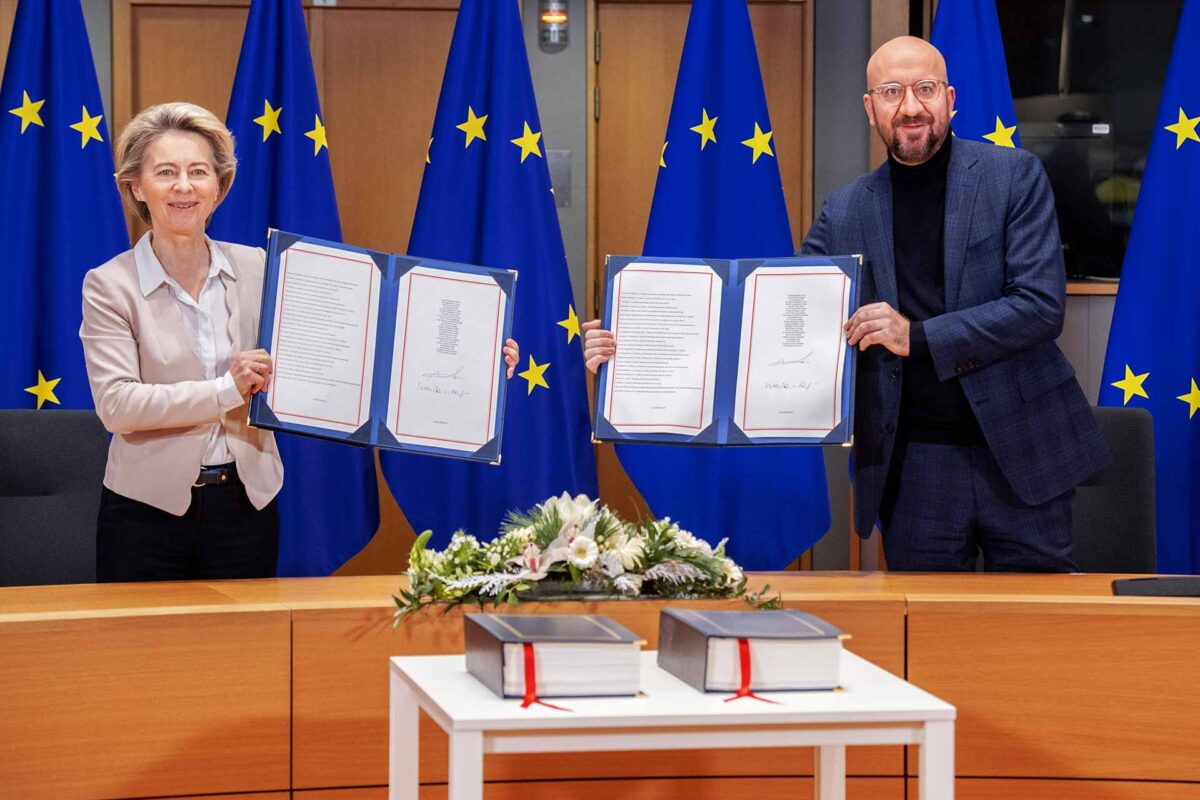 Ursula von der Leyen and Charles Michel sign Brexit Trade Deal
